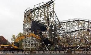 17 Killed, 33 Injured Roller Coaster Collapse At Kentucky Amusement Park
