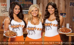 Man Plans Lawsuit Against Hooters, Claims Unequal Hiring and Employment Practices