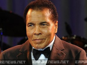 Boxer Muhammad Ali, 72, Loses Fight Against Pneumonia