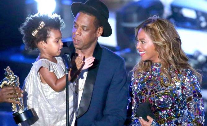 Beyonce Releases Surprise Album of Herself, Jay-Z Singing Lullabies to Blue Ivy