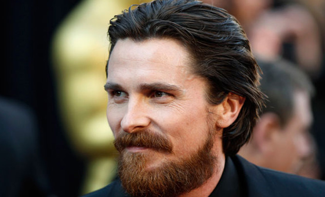 Christian Bale Caught On 'Batman V Superman' Set, Says He Was 'Looking For Imposter'
