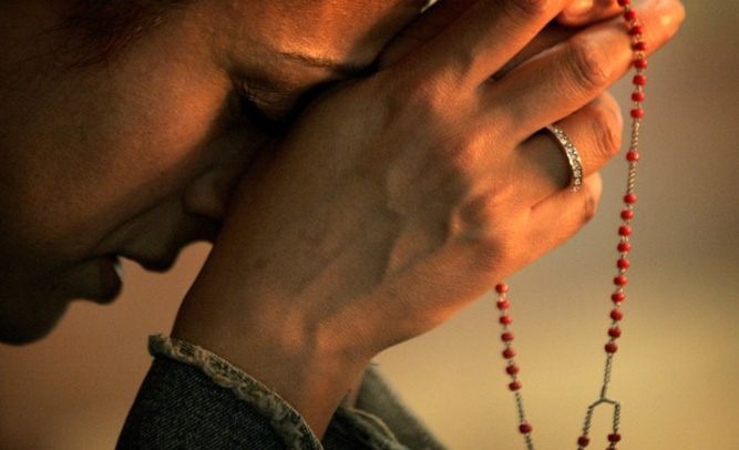 Groundbreaking Study Shows Prayer Might Not Actually Help Terminally Ill Patients