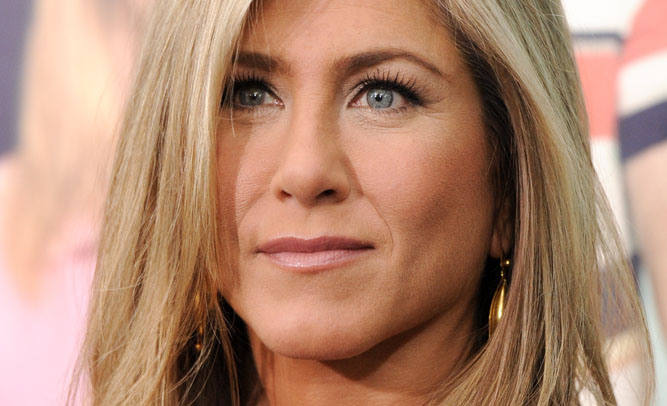 Jennifer Aniston To Retire From Acting After Oscar Snub, Plans To Become Waitress In Coffee Shop