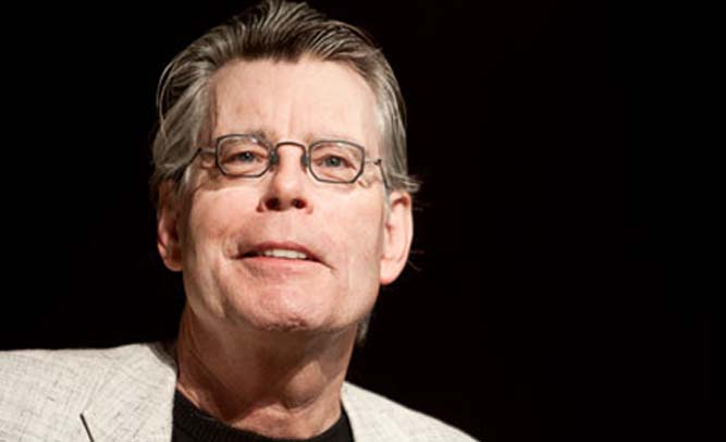 Stephen King To Revolutionize Book Industry; New Novel To Published Exclusively On Live Horses