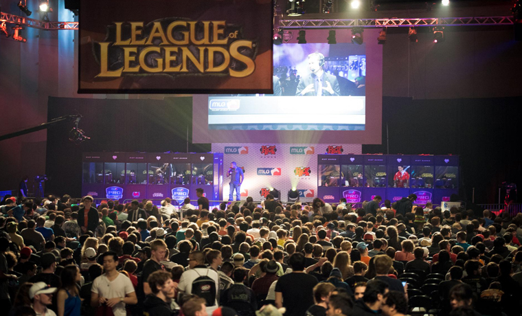 Democrats Form League of Legends Pro Team to Gain Gamer Election Support