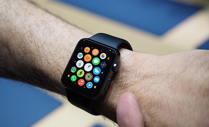 Apple Watch 'Huge Piece of Shit' Says Every Android User